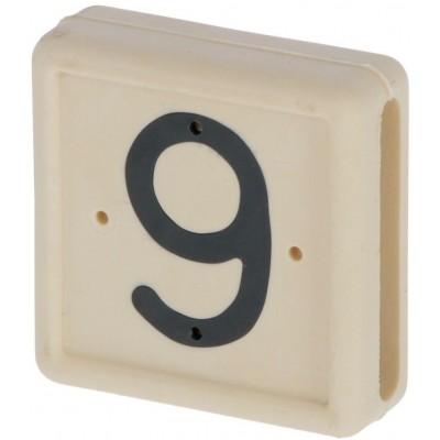 Plastové číslo 9 na pásku na nohu, bílé